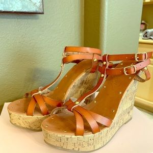 Double ankle strap brown wedges